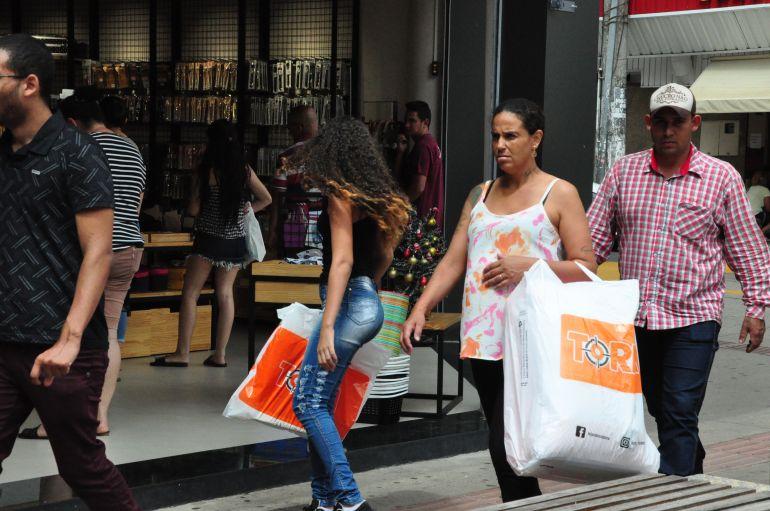 José Reis - Comerciantes avaliam como fraca procura por trocas no primeiro dia pós-Natal