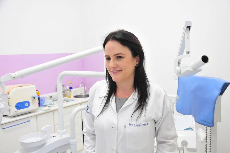 Marcio Oliveira - Para Daniele, falta conscientização da importância da saúde bucal