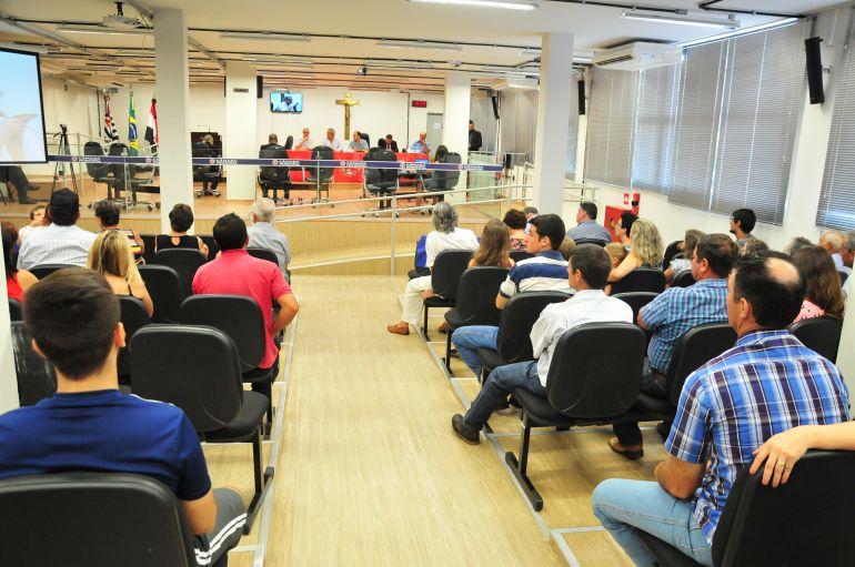 Marcio Oliveira - Audiência pública ocorreu na tarde de ontem e contou com a participação de moradores do Timburi
