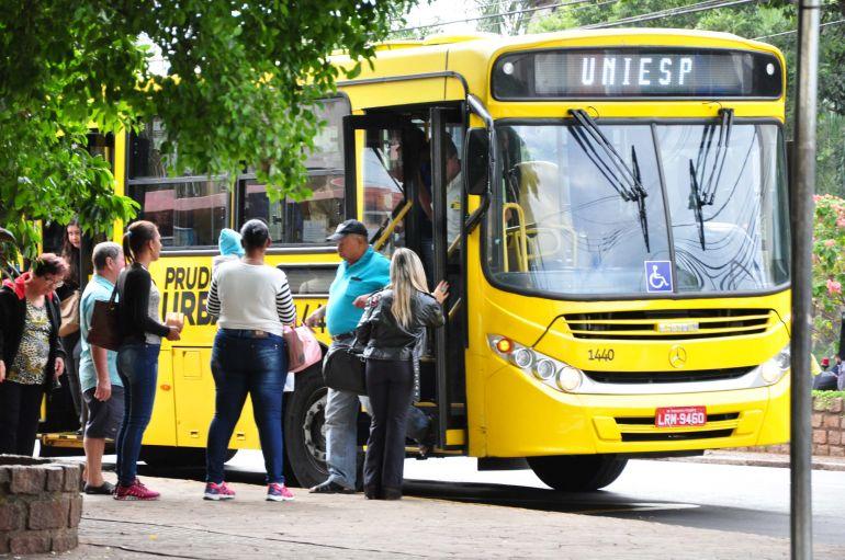 Arquivo - Passageiros devem pagar a tarifa de R$ 4,10 a partir de quarta-feira