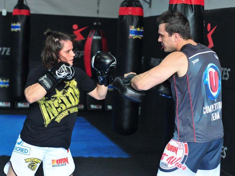 Marcio Oliveira - Com cartel impressionante de 11 vitórias e uma derrota, Ariane sonha com uma vaga no UFC