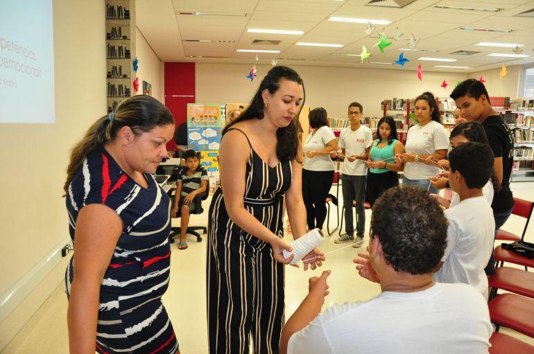 José Reis - Capacitação de alunos tutores ocorreu na manhã de ontem, no Sesi da Vila Furquim