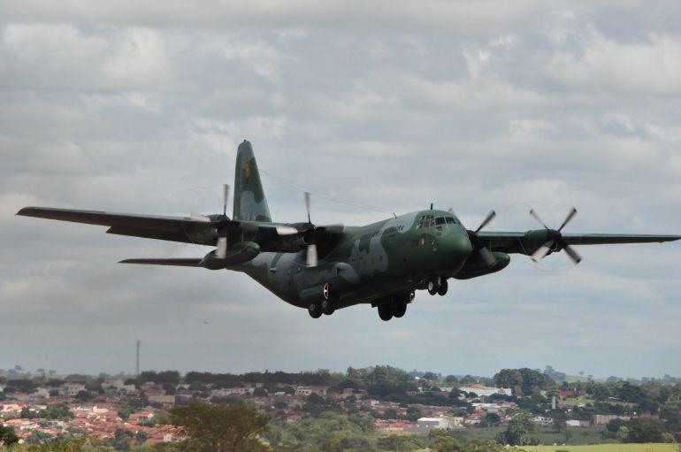 José Reis - Detentos partiram em aviões da FAB, no Aeroporto Estadual de Presidente Prudente
