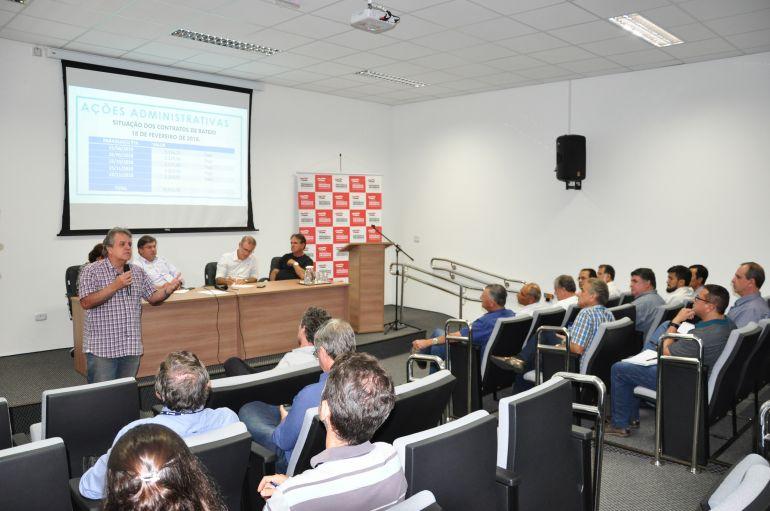 José Reis - Participaram da reunião chefes do Executivo e autoridades responsáveis